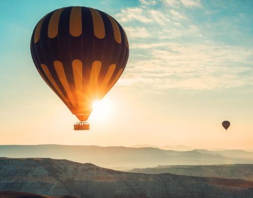 Sideimg-Hot-Air-Balloon